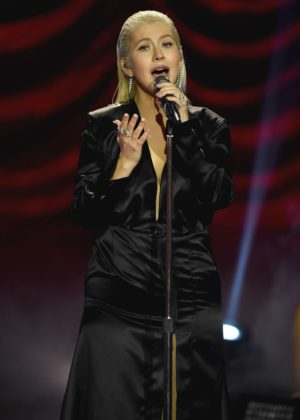 Christina Aguilera - Performs at 2017 American Music Awards in LA