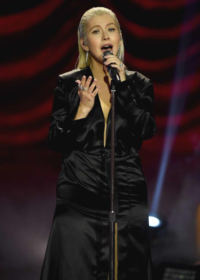 Christina Aguilera - Performs at 2017 American Music Awards in LA