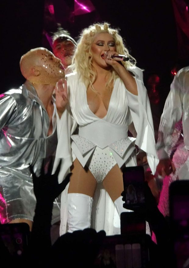 Christina Aguilera - Performs at Her Show Launch in Las Vegas