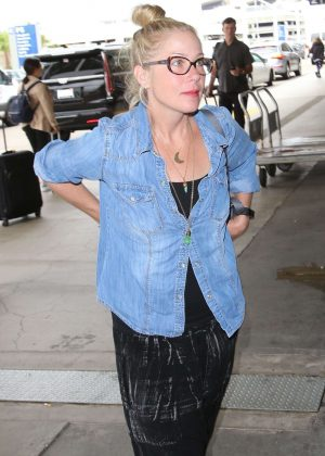Christina Applegate - Arrives at LAX Airport in Los Angeles