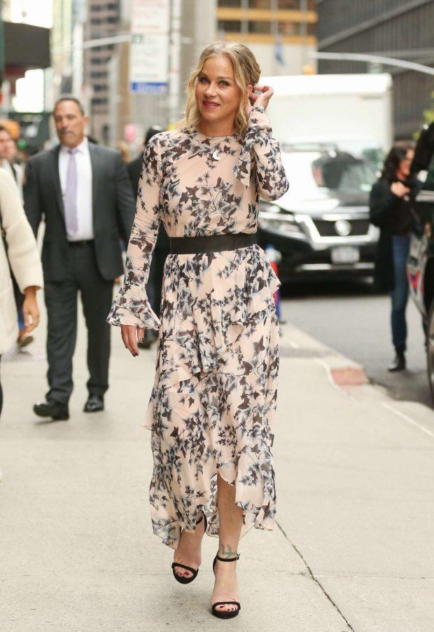 Christina Applegate in Floral Print Dress -09