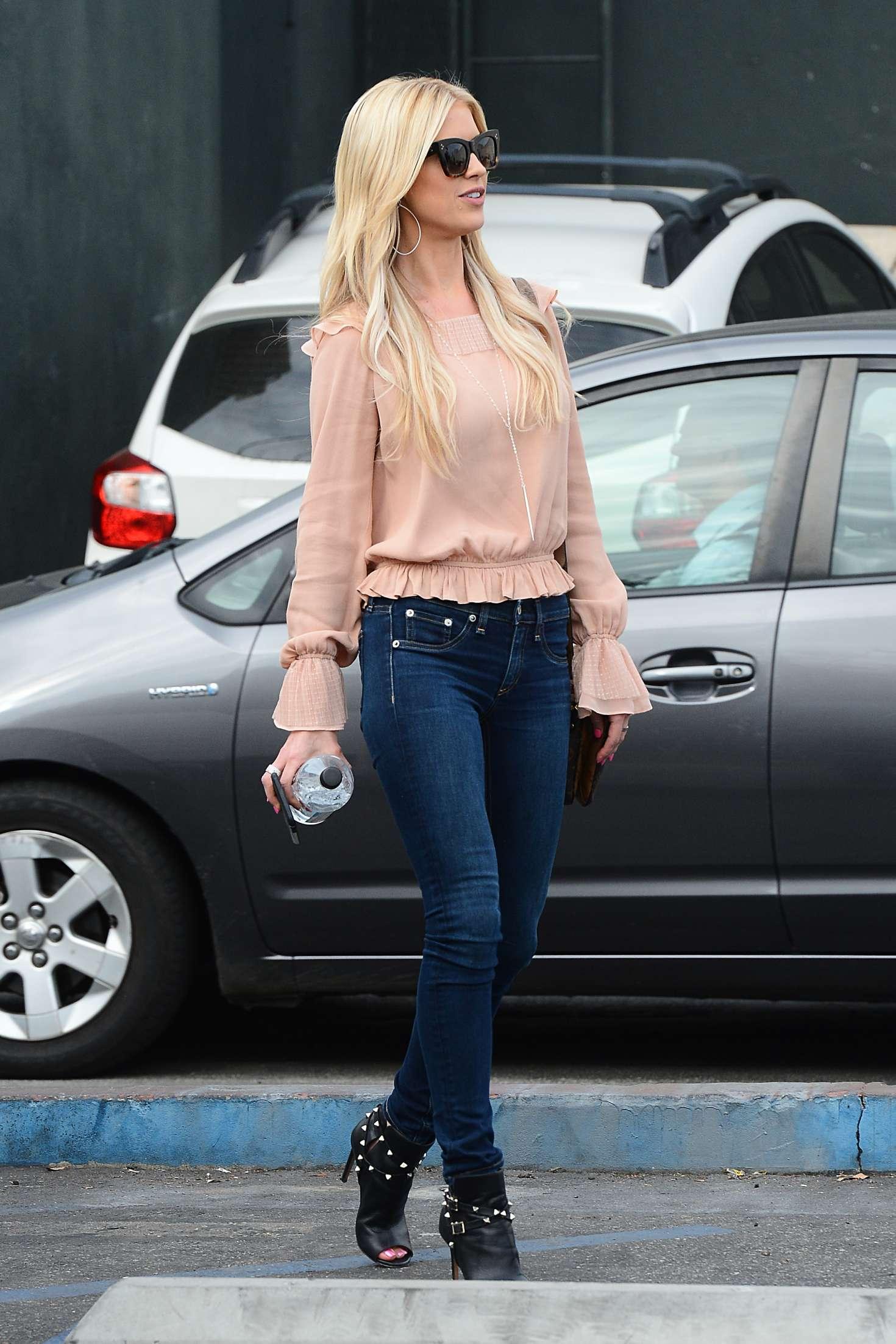 Christina El Moussa In Jeans 01 Gotceleb