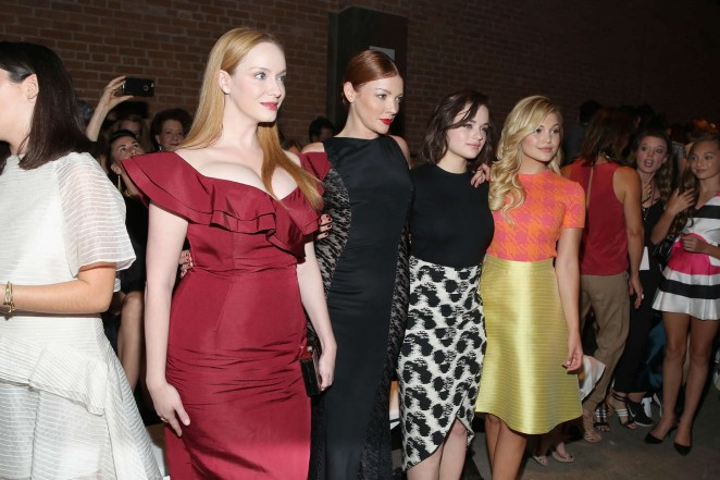 Christina Hendricks: Christian Siriano Fashion Show Spring 2016 -09