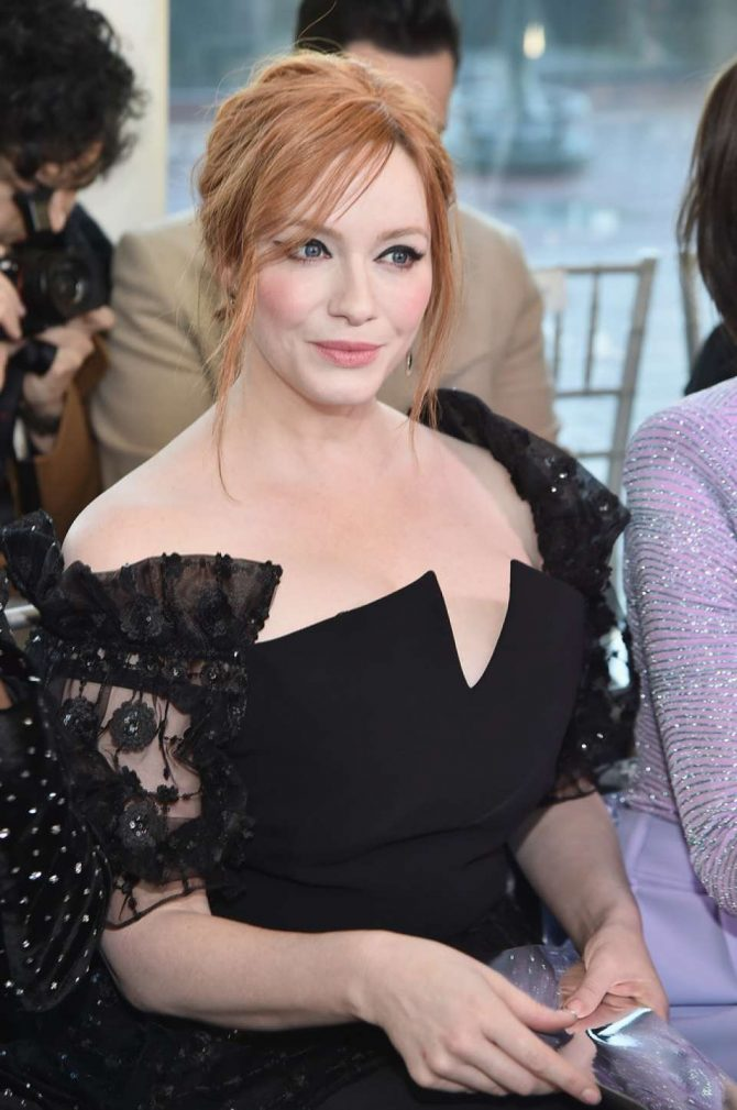 Christina Hendricks – Christian Siriano Show in New York