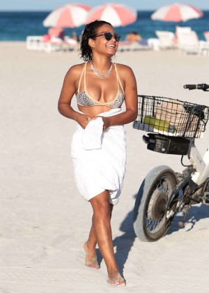 Christina Milian in Bikini -07