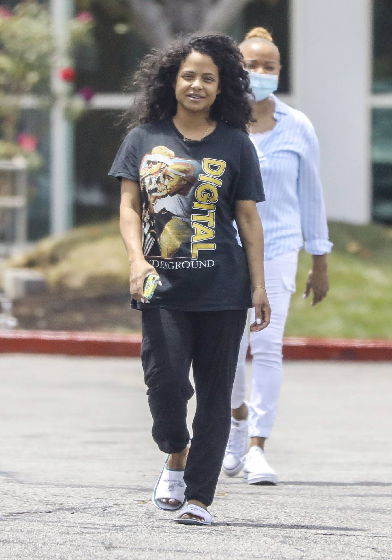 Christina Milian 2021 : Christina Milian – Seen without makeup in Los Angeles at Mercedes dealership-11