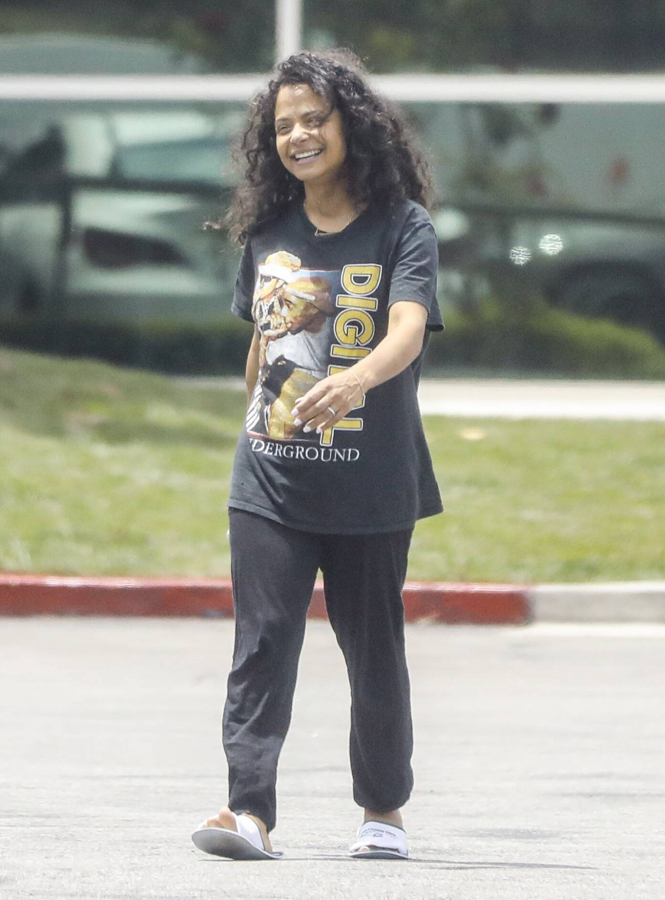 Christina Milian 2021 : Christina Milian – Seen without makeup in Los Angeles at Mercedes dealership-13
