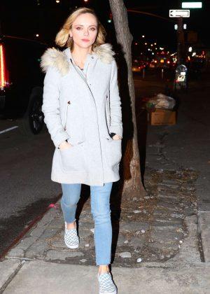 Christina Ricci in Jeans -02 - Full Size  Christina Ricci