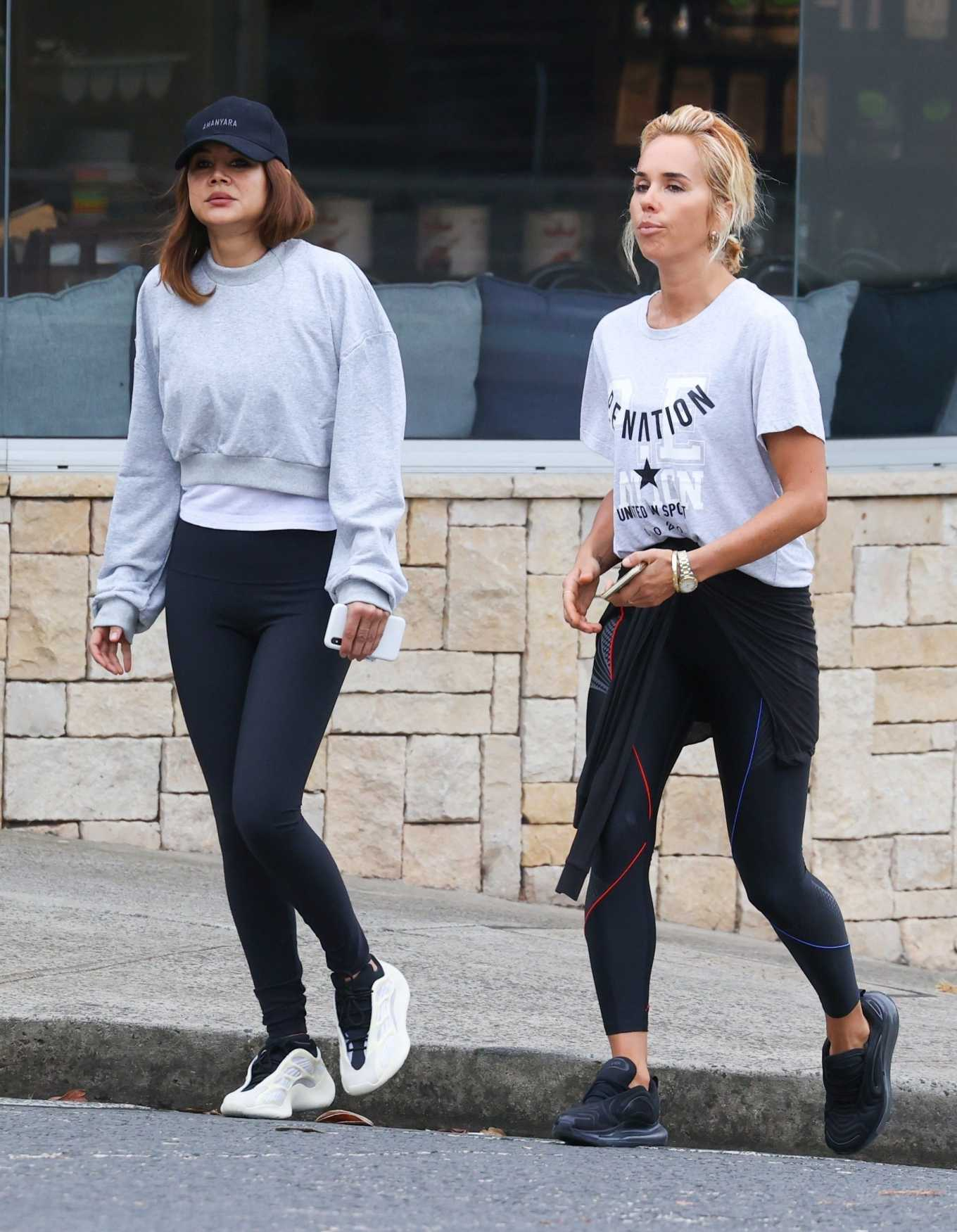 Christine Centenera - Out for a walk in Sydney