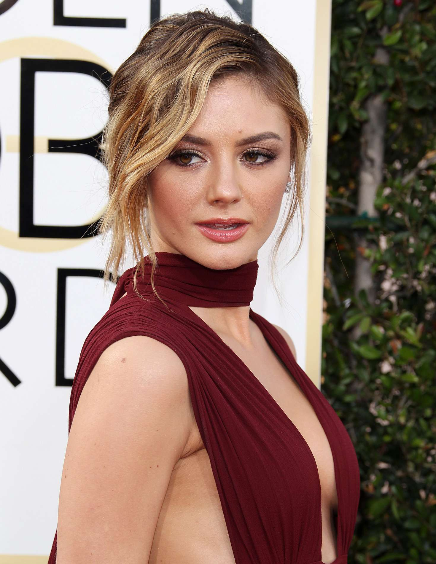 christine evangelista height