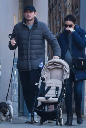 Christine Lampard - Out for a a walk in Chelsea
