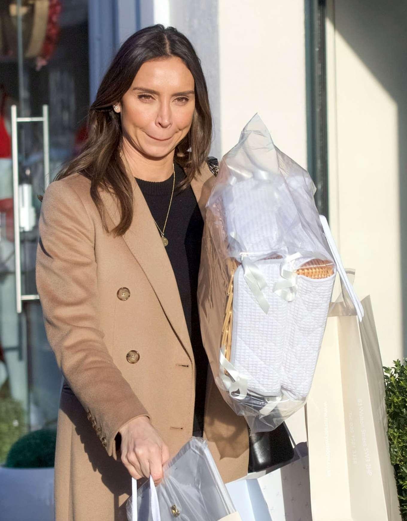 Christine Lampard 2020 : Christine Lampard – Shopping candids-13