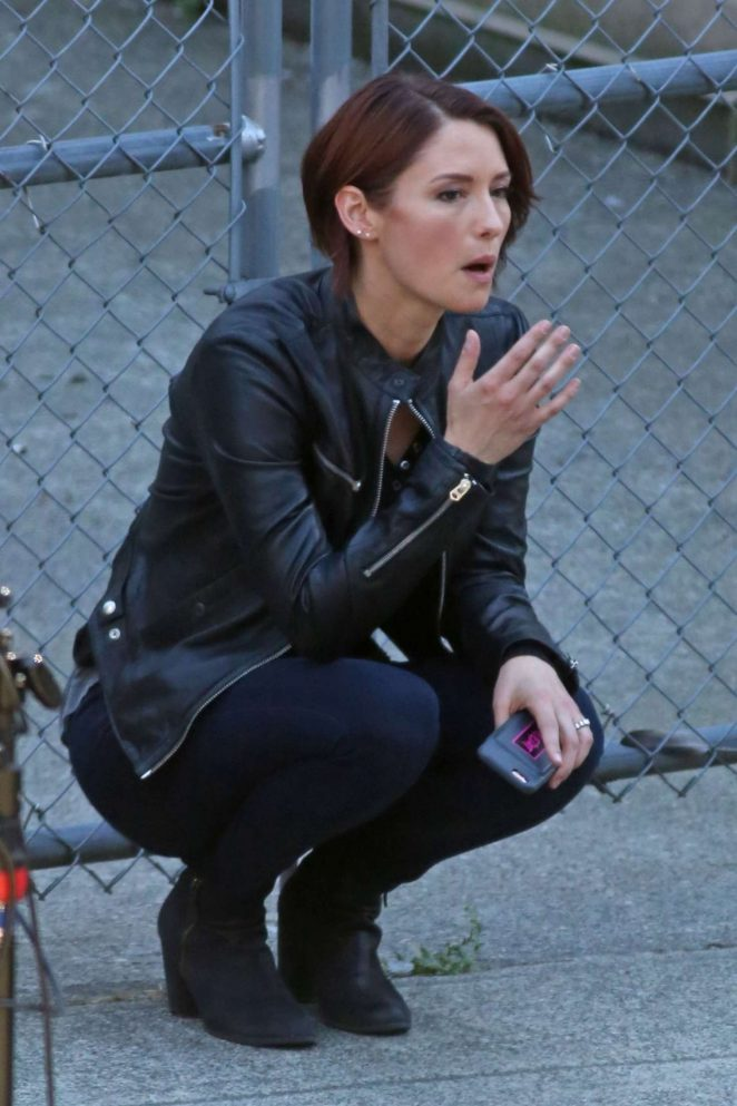 Chyler Leigh on 'Supergirl' Set in Vancouver