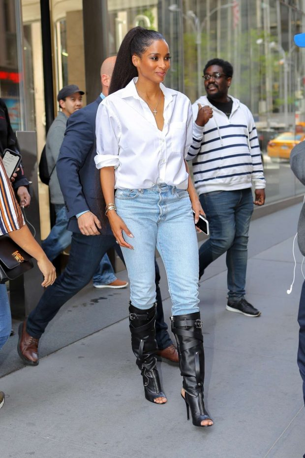 Ciara at SiriusXM Radio Studios -04