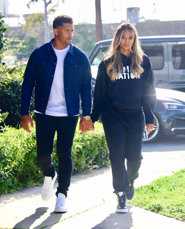 Ciara - On set of 'Roll Up Your Sleeves' in LA