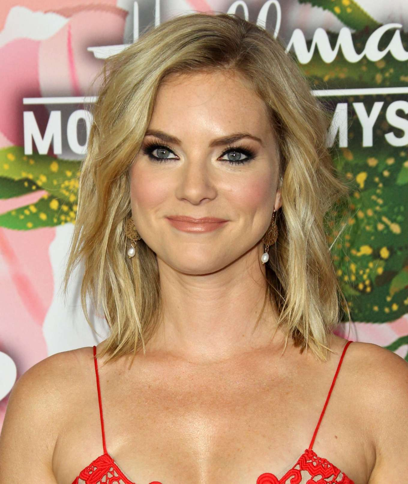 Watch Cindy Busby video