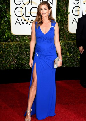 Cindy Crawford - 2015 Golden Globe Awards in Beverly Hills