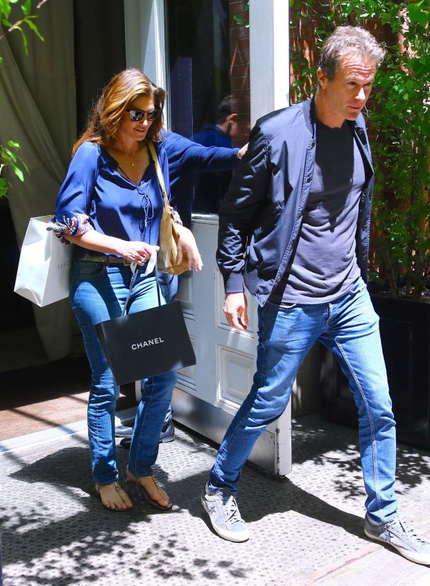 Cindy Crawford and Rande Gerber - Leaves the Mercer Hotel in New York
