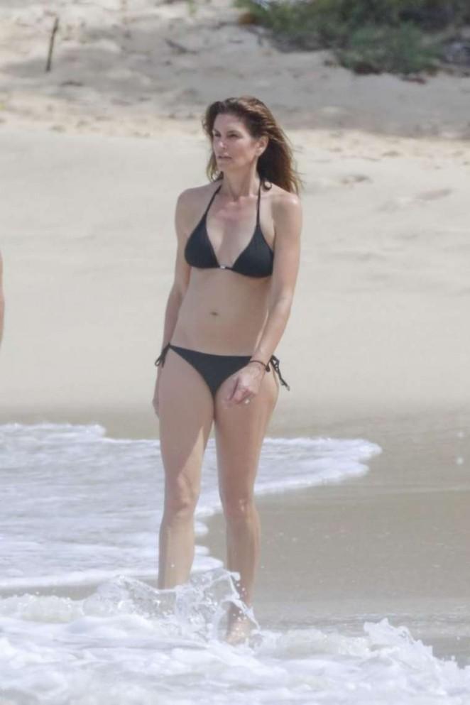 Cindy Crawford – Bikini Candids on the beach in St. Barths