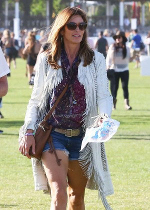 Cindy Crawford - Coachella Valley Music and Arts Festival 2016 in Indio