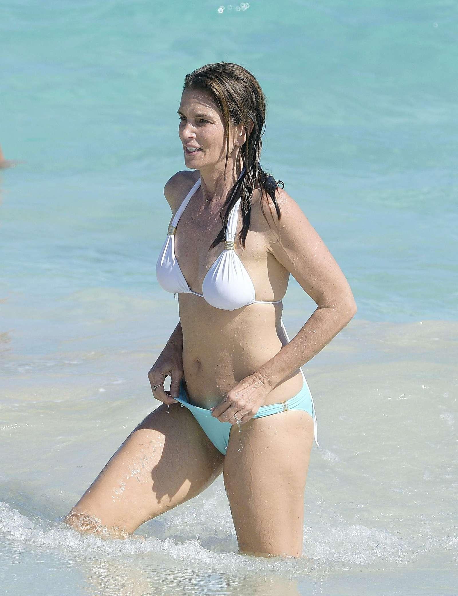 Cindy Crawford In Bikini 07 Gotceleb