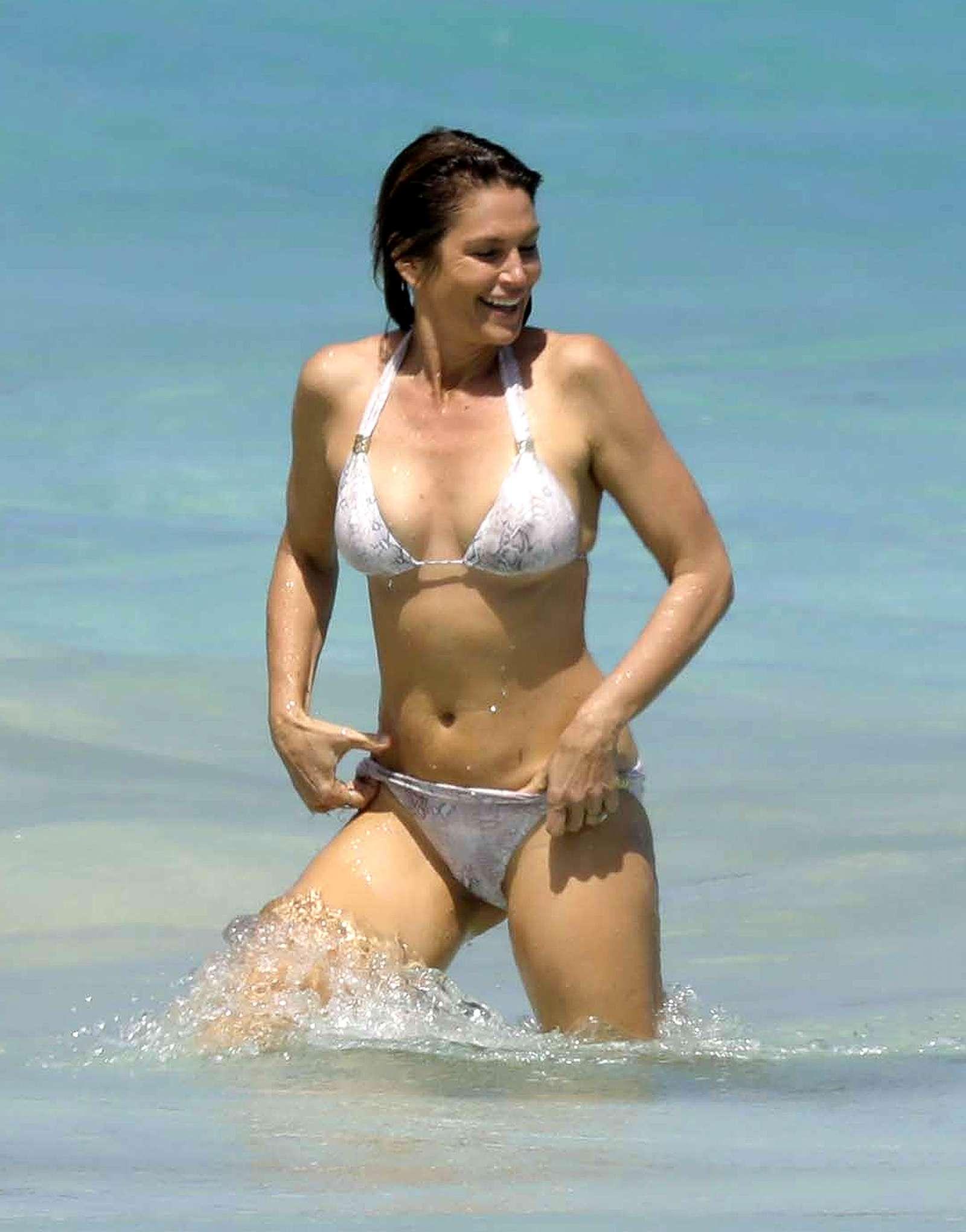 Cindy Crawford Bikini Bodies
