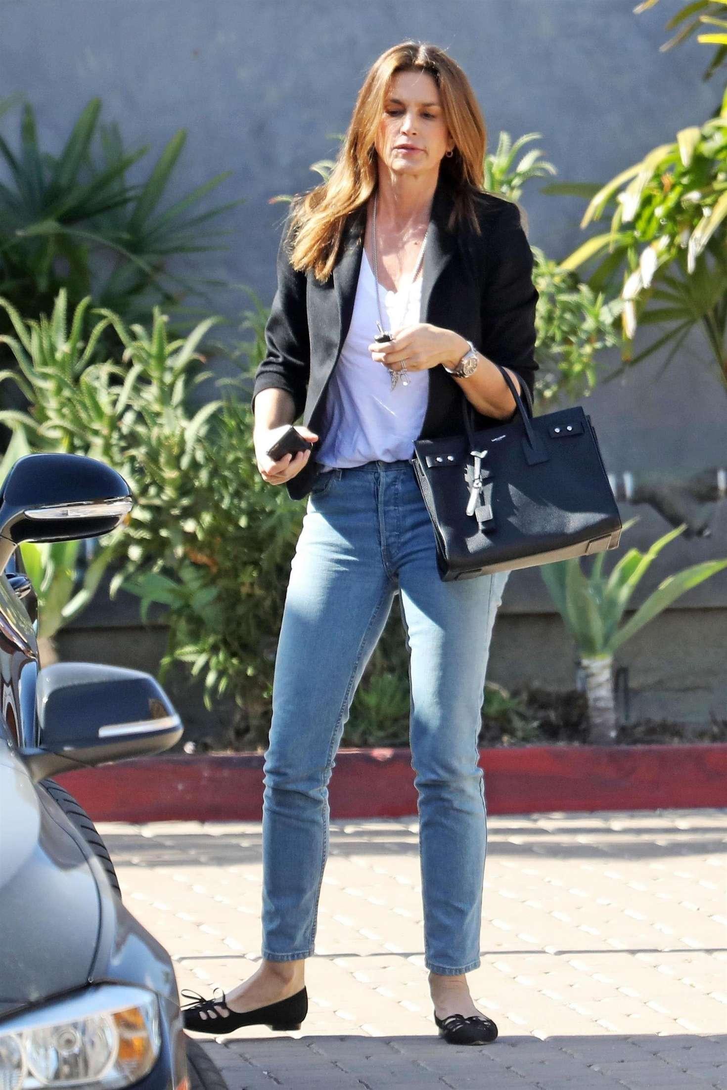 Синди кроуфорд коллекция джинсов фото самого