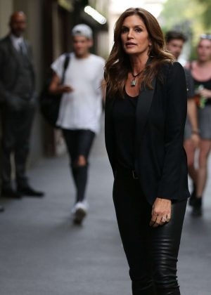 Cindy Crawford in Tight Pants Out in Milan