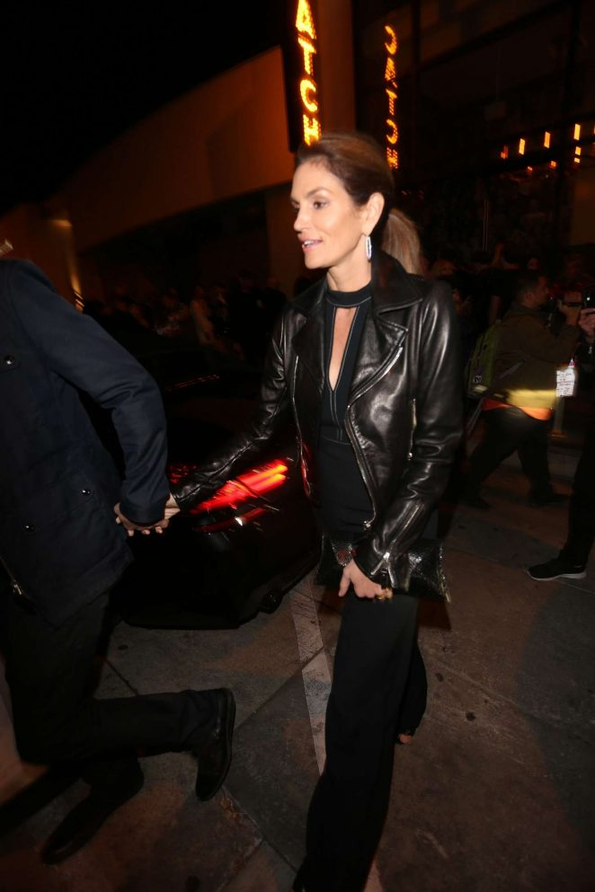 Cindy Crawford Leaving Catch Restaurant in Los Angeles