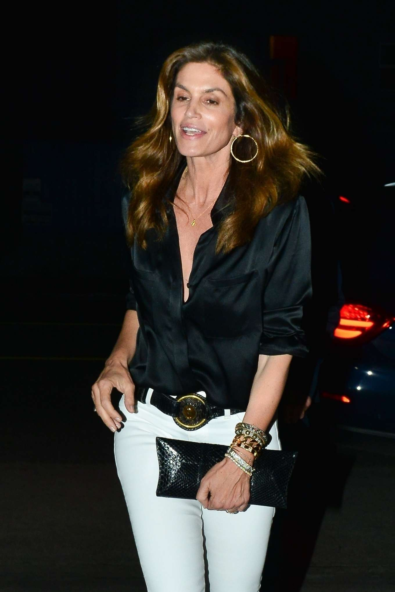 Cindy Crawford - Out for a dinner in Santa Monica