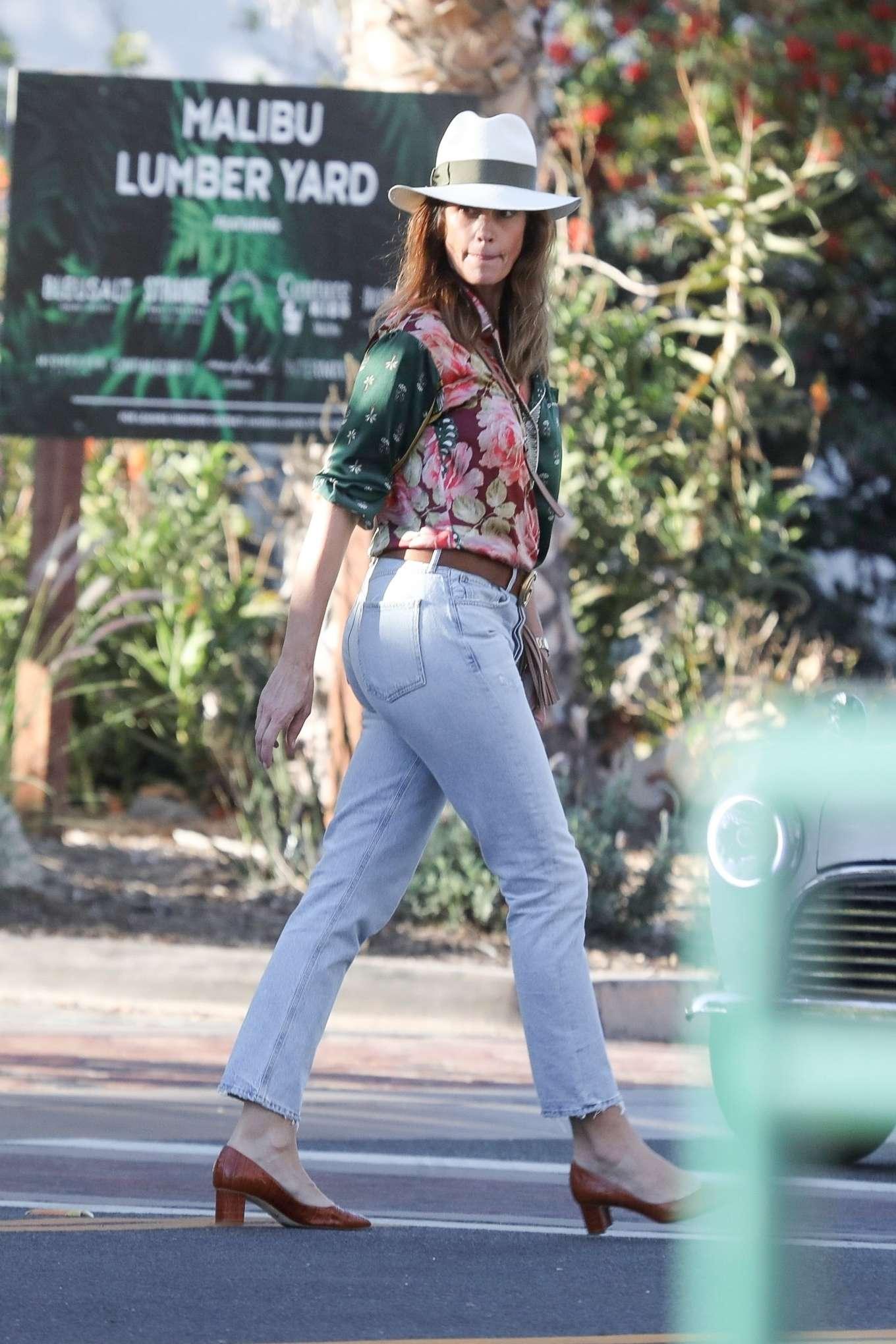 Cindy Crawford - Out in Malibu