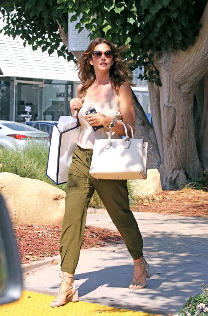 Cindy Crawford: Out in Malibu-01