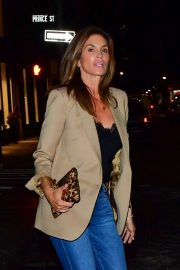 Cindy Crawford - Out in New York City streets after dinner at Lure Fishbar