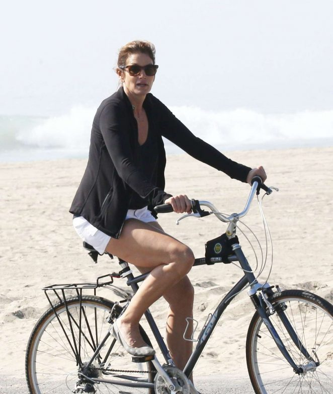 Cindy Crawford rides her bike in Malibu