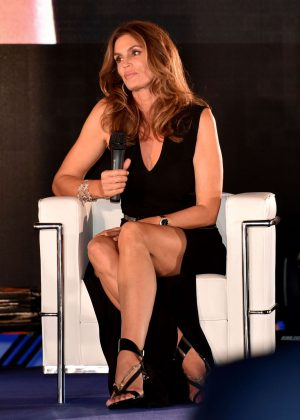 Cindy Crawford - San Benedetto's Party in Venice