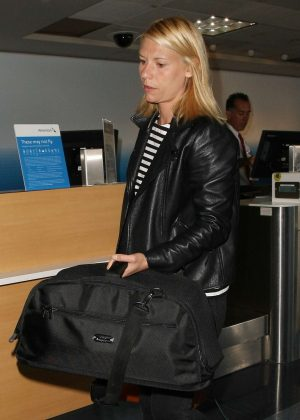Claire Danes at LAX Airport in Los Angeles