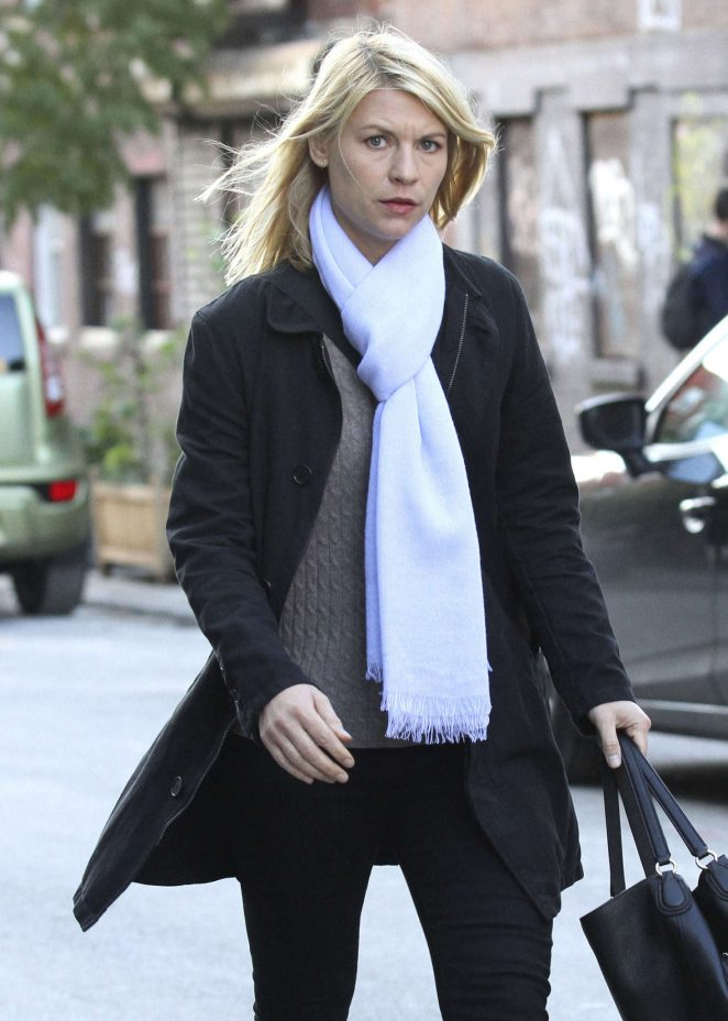 Claire Danes - Filming 'Homeland' in Brooklyn