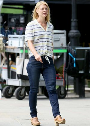 Claire Danes in Jeans on 'A Kid Like Jake' set in Brooklyn