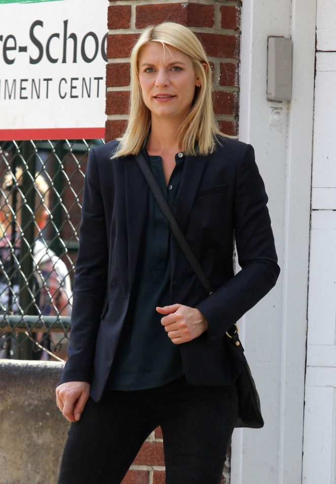 Claire Danes on the set of 'Homeland' in Brooklyn