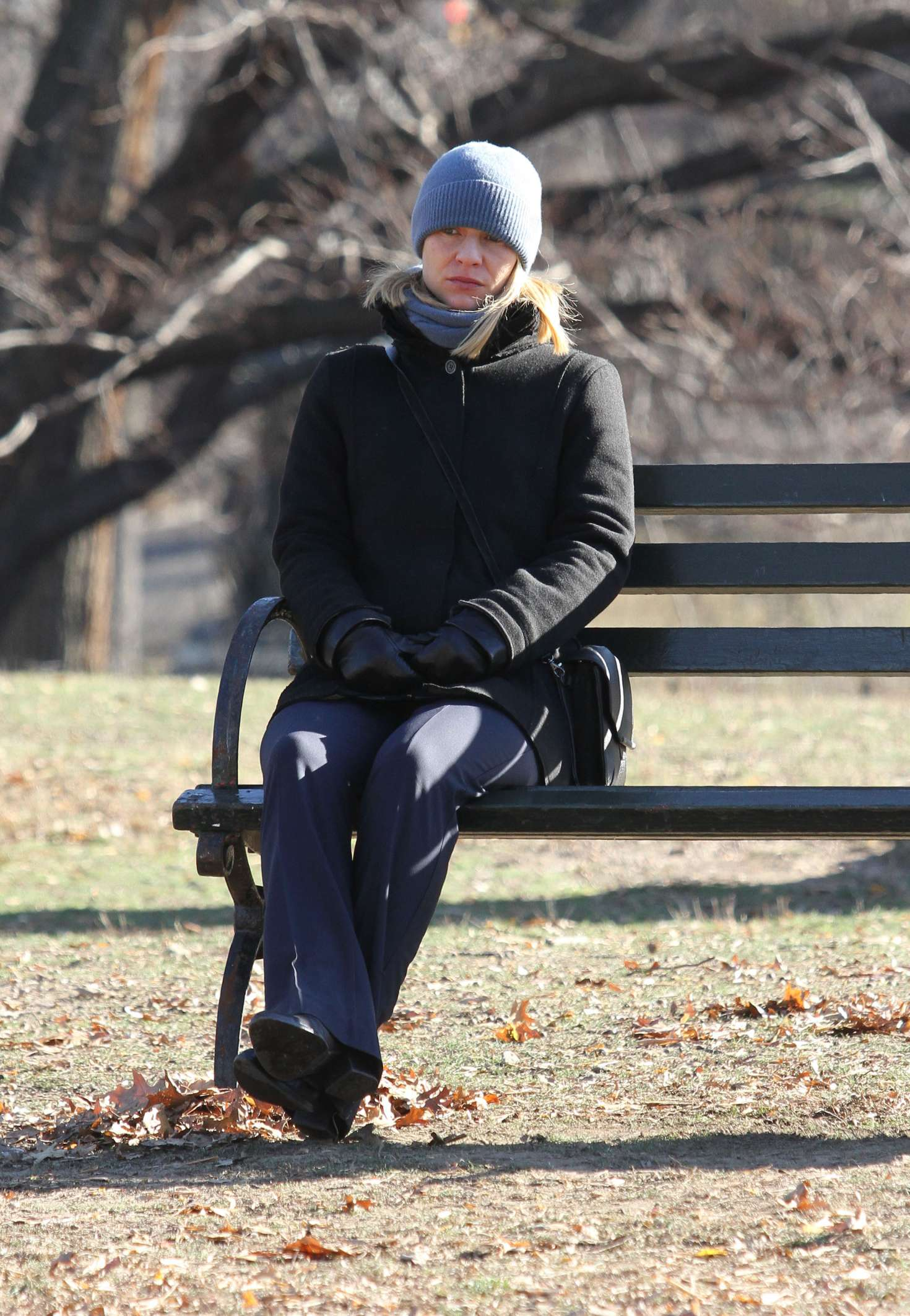 Claire Danes 2016 : Claire Danes on the set of Homeland -01