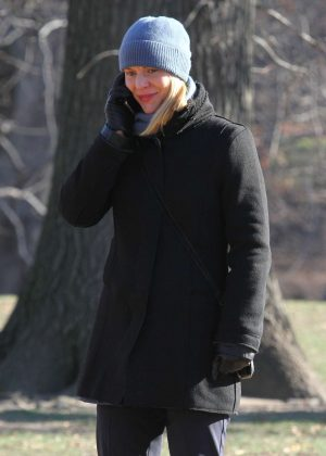 Claire Danes on the set of 'Homeland' in Manhattan's Central Park