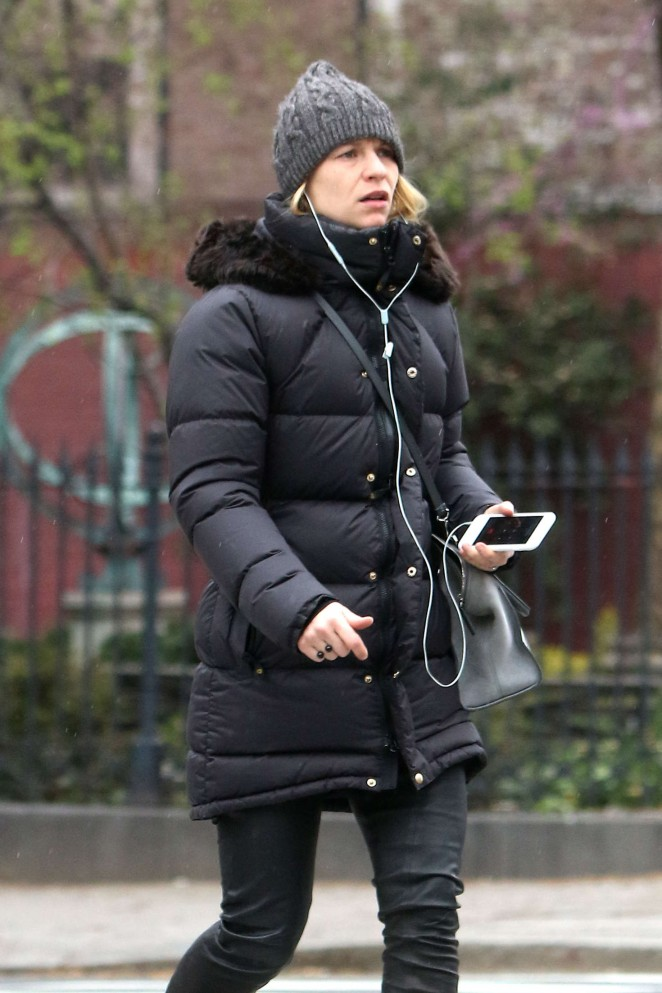 Claire Danes out in NYC