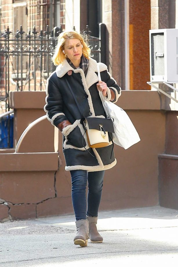 Claire Danes - Shopping in New York