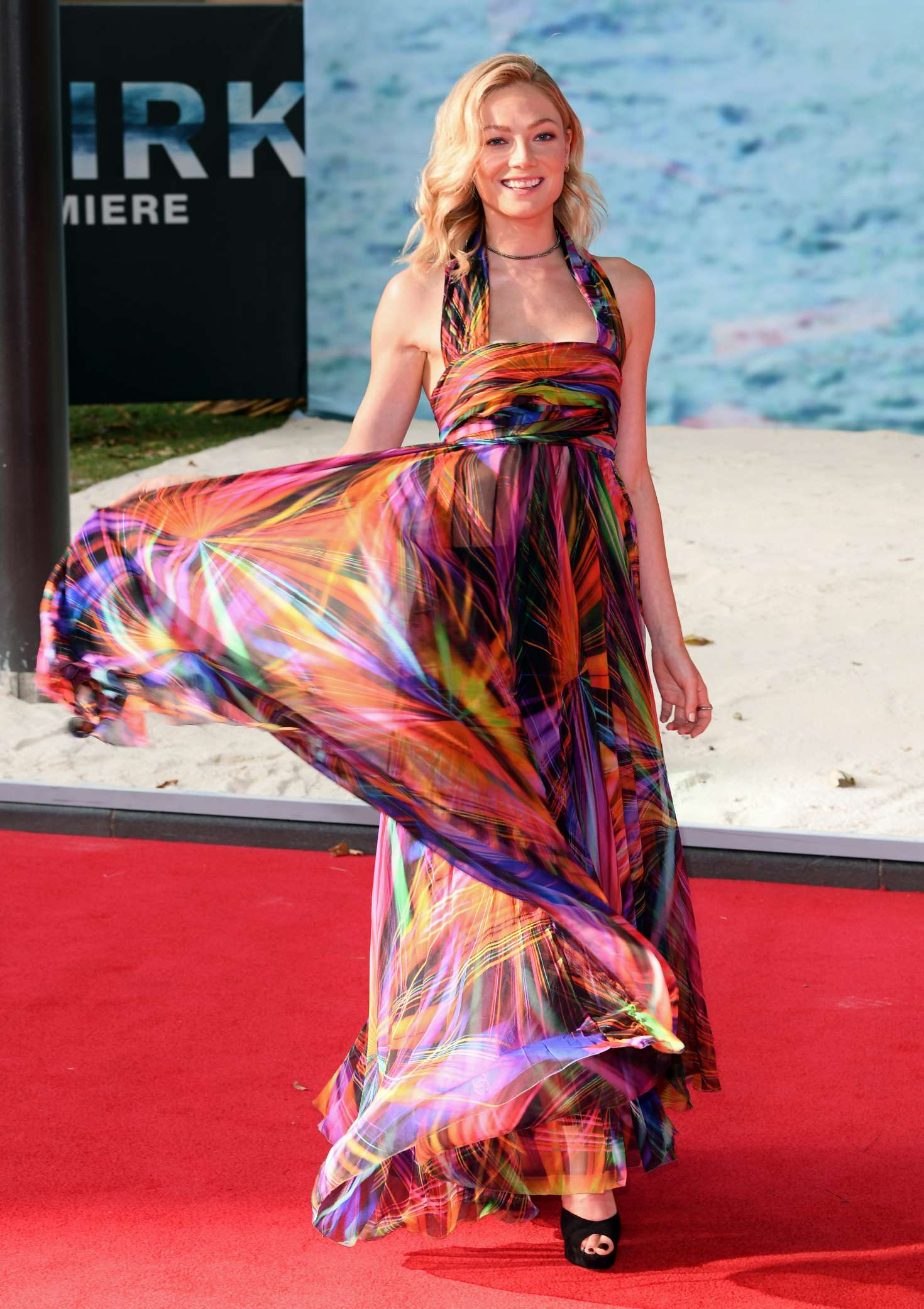 Clara Paget 2017 : Clara Paget: Dunkirk Premiere in London -09