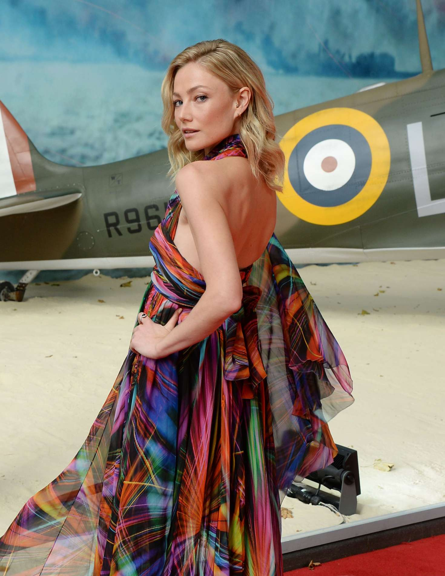 Clara Paget 2017 : Clara Paget: Dunkirk Premiere in London -24