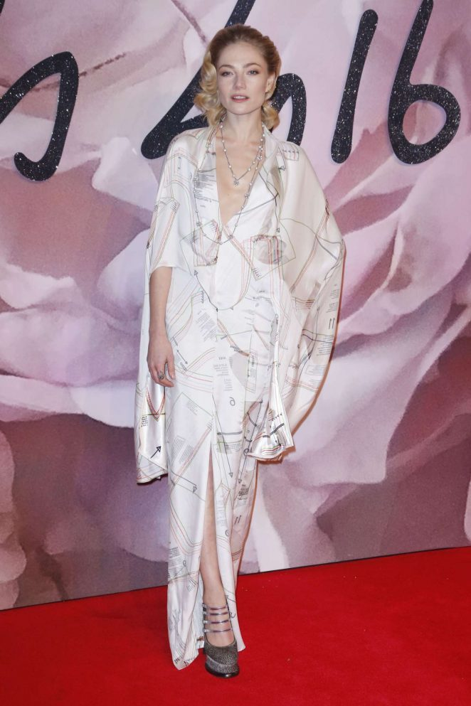 Clara Paget - The Fashion Awards 2016 in London
