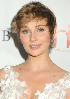 Clare Bowen - 2016 Hollywood Beauty Awards in Los Angeles