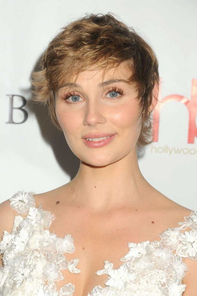 Clare bowen 2016 hollywood beauty awards in los angeles