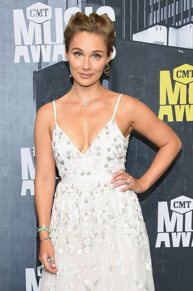 Clare Bowen - 2017 CMT Music Awards in Nashville