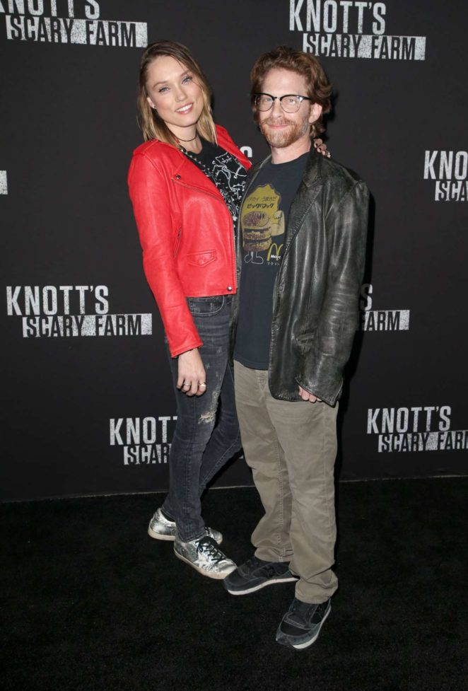 Clare Grant – Knott's Scary Farm Celebrity Night in Buena Park
